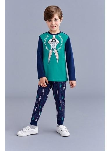 Bugs Bunny Bugs Bunny Lisanslı Erkek Çocuk Pijama Takımı Yeşil Yeşil